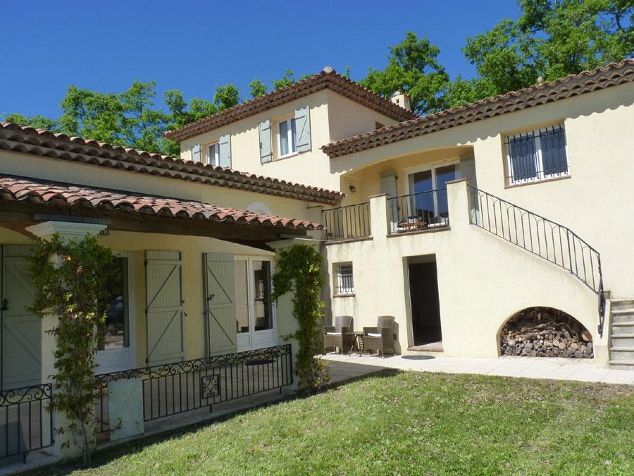 Belle maison récente de 180 m2 habitables sur 3200 m2 de terrain