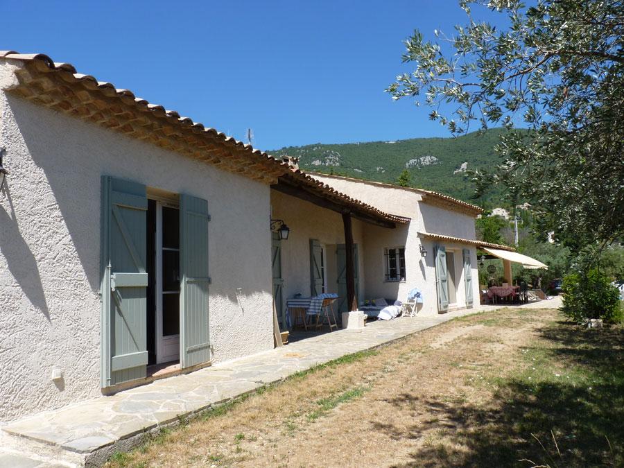 Maison à proximité du village avec jolie vue